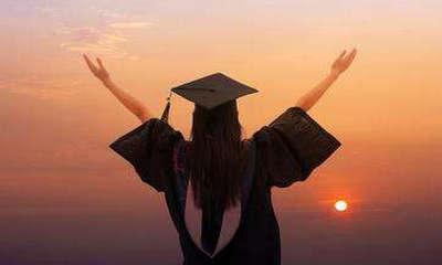 中国人民大学在职研究生好申请学位吗?